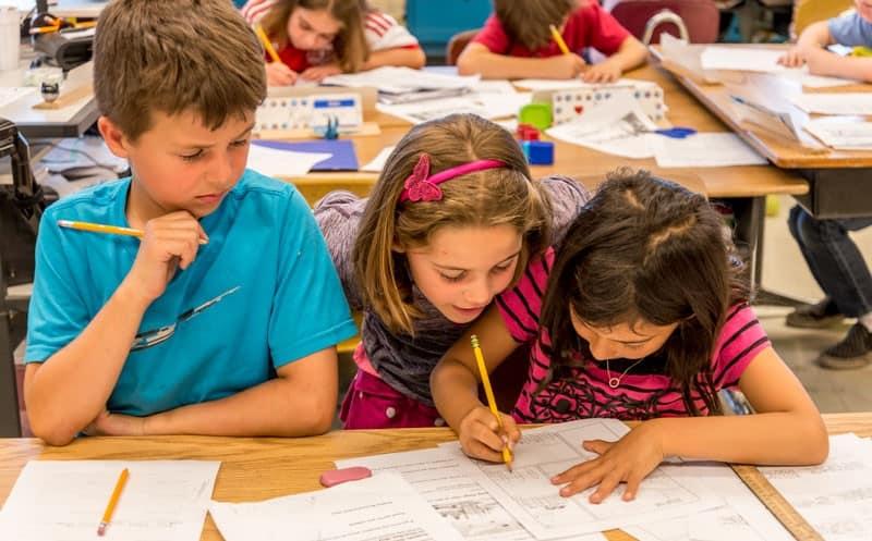Right Brain third graders investigate the history of Portland through comics.